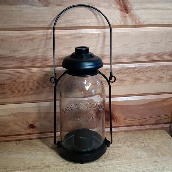 Yankee candle lantern candle holder
